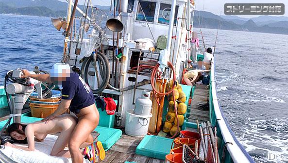 Carib 071710-429 芹菜ひなた,しぶき梨香,上村みき,保坂真緒 日本の果てまでイってC! 漁船編 前編